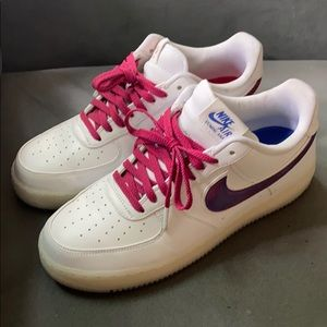 Lightly used Nike Air Force 1 republica Dominicana